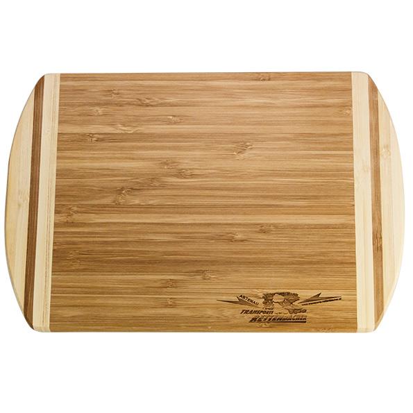 fsc zertifiziertes brotzeitbrett aus bambus mit logo durch brandstempel oder lasergravur. Black Bedroom Furniture Sets. Home Design Ideas